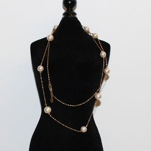 Jewelry - long gold and pearl necklace